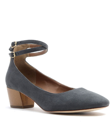 Grey Dorina Pump.