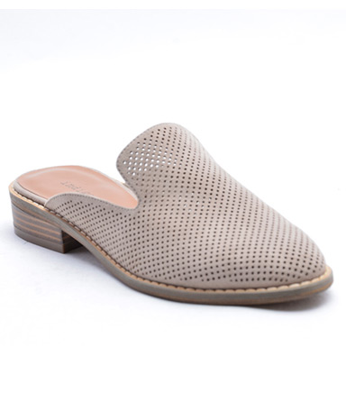 Hayze4 sandal in taupe.