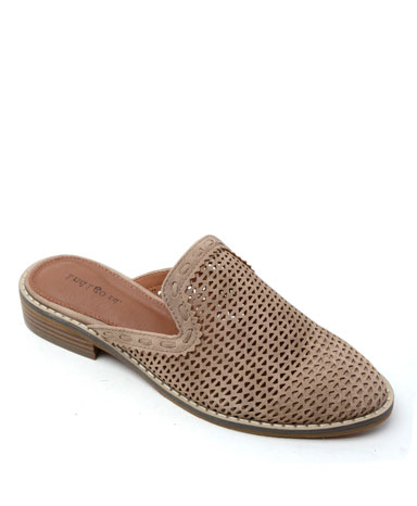 Honolu slide in taupe.
