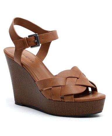 Kady sandal in brown.